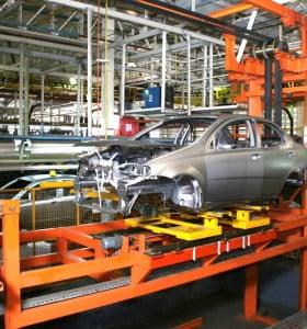 La actividad industrial disminuyó un 6.5 por ciento