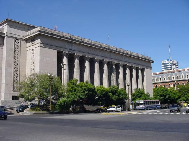 La UBA no admitirá condenados por delitos de lesa humanidad