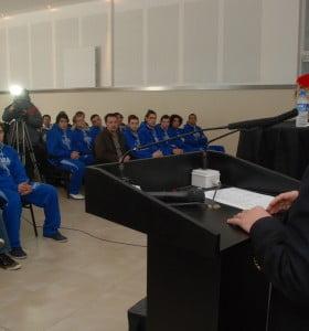 Weber Bahía Estudiantes presentó su equipo al mundo, vía internet