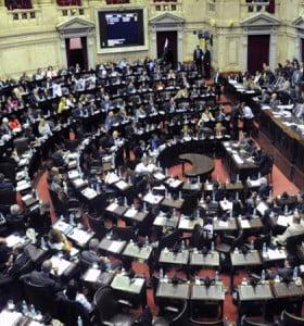 Diputados y senadores coinciden en abrir el debate sobre el voto a los 16 años