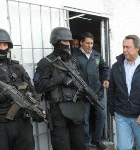 """Diputados bonaerenses reflotan Bicameral de """"seguimiento"""" de la Policía de Scioli"""