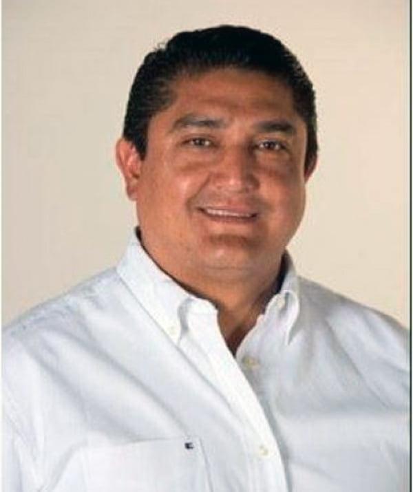 Asesinan a un alcalde electo y a su jefe de campaña en México