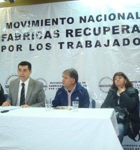 """Denuncian a Scioli y Ferré por """"asociación ilícita y violación de los deberes públicos"""""""