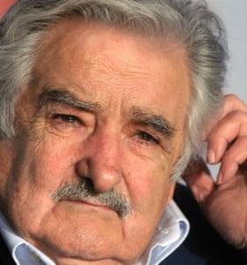"""Mujica piensa plantar unas """"150 hectáreas"""" de marihuana en Uruguay"""