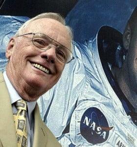 A la edad de 82 años murió Neil Armstrong, el hombre de la huella eterna en la Luna