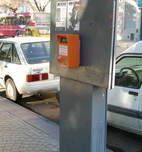 Proponen que las ganancias del estacionamiento se destinen a pavimentación