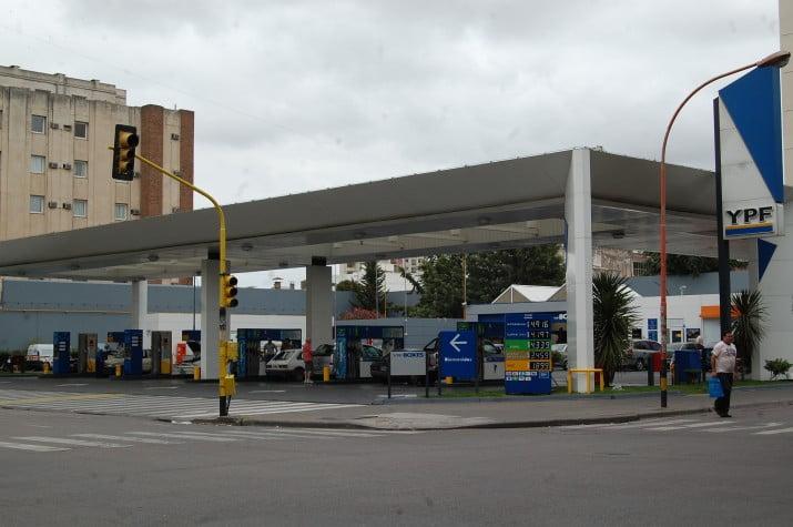 """Las estaciones de servicio son controladas """"casi a diario"""" por gestión ambiental"""