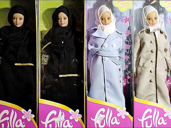 Reemplazan las Barbies con mártires del Islam