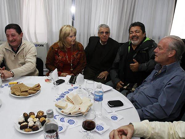 Sin Barrionuevo, el antimoyanismo oficializará la fecha de comicios en su CGT