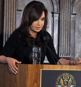 Estamos pagando deudas contraídas por gobiernos que endeudaron a la Argentina