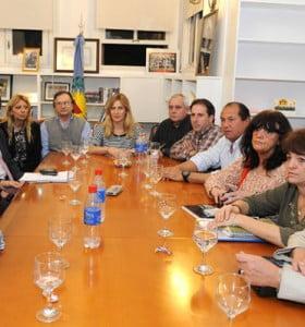De Lucía confirmó que se detectaron designaciones irregulares de docentes