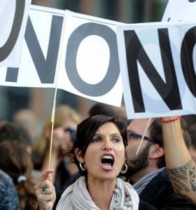 España aprobó un ajuste histórico en medio de un creciente malestar social