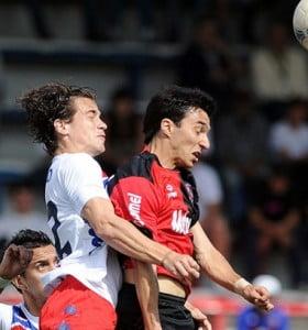 Newell's no pudo con Tigre pero consiguió mantenerse en la punta del torneo Inicial