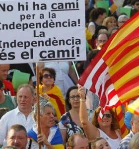 El presidente catalán convocará a un referéndum aunque el Estado no lo permita