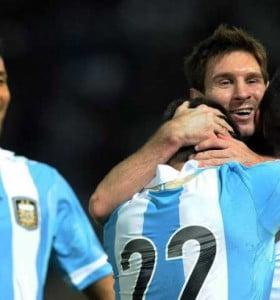 Argentina derrotó a Paraguay y es el único líder de las Eliminatorias