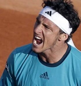 Mónaco logró en Malasia su cuarto titulo en el año y reingresará al top ten mundial