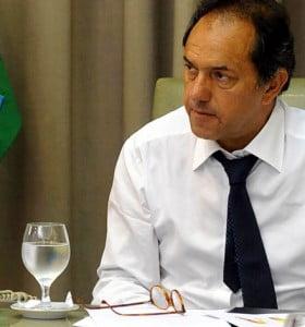 """Scioli, sobre reforma constitucional: """"Yo no la vi, son todas especulaciones"""""""