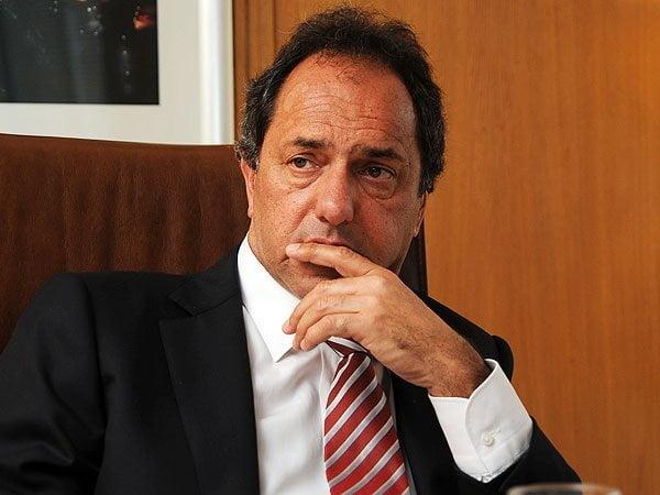 """""""Cacerolazo"""": Scioli dijo que a la gente """"hay que escucharla siempre"""""""