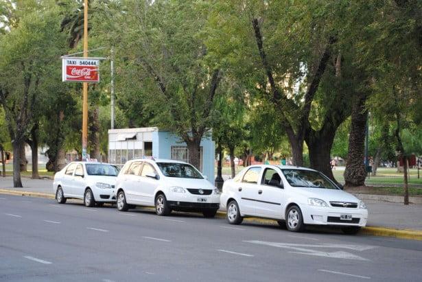 La cantidad de usuarios de taxis descendió un 20 por ciento