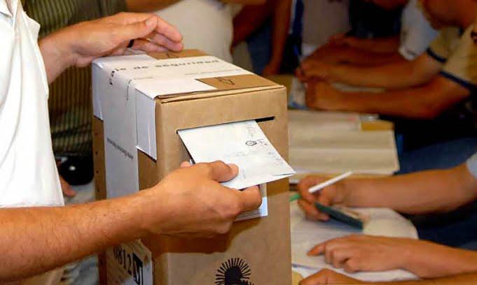 """El 57,3 por ciento de los jóvenes entre 15 y 17 años """"si tuviera la posibilidad, votaría"""""""