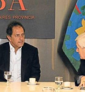 Scioli se aleja de Moyano: Se reunió con el líder de la CGT 'K', Antonio Caló