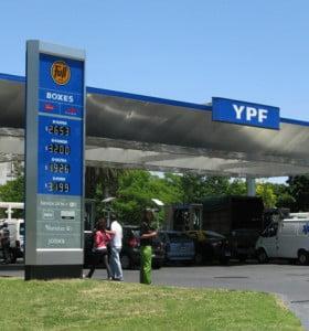 YPF aumentó 3% los precios de sus naftas