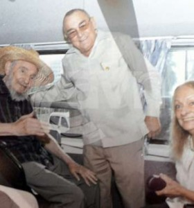 Tras meses de ausencia y rumores sobre su salud, Fidel Castro reapareció en público