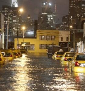 """Son 29 los muertos por Sandy y Obama declaró """"zona catastrófica"""" el área afectada"""