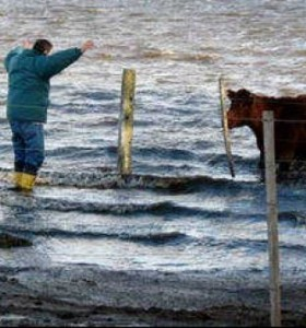 """Afirman que hay 8 millones de hectáreas """"bajo el agua"""""""