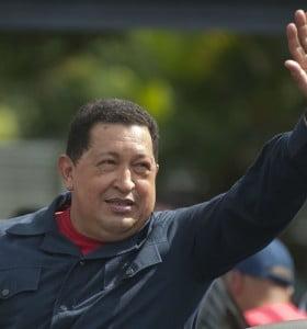 """Venezuela: Hugo Chávez dice que derrotó a """"una coalición internacional"""""""
