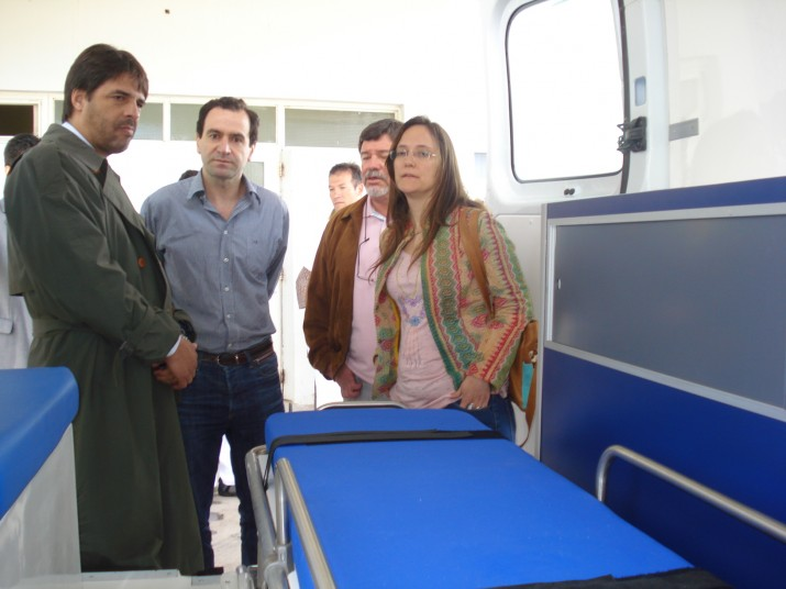Dos nuevas ambulancias para los centros de salud de Ingeniero White y General Cerri
