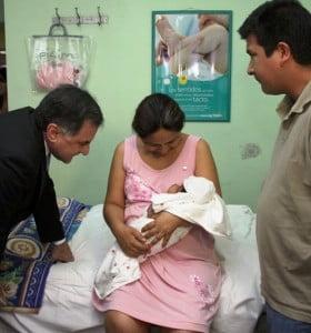 """Nació la """"bebé 30″ de la ley de fertilización"""