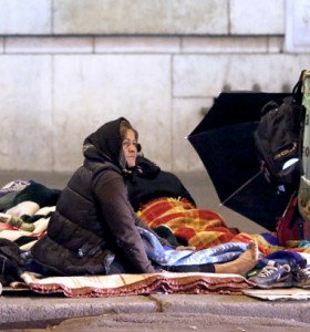 Francia: denuncian que la pobreza creció un 10 % y que se vuelve estructural