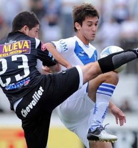 Vélez lo ganó al final y es único líder del torneo