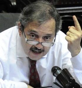 """Cristina """"gana porque a la gente le va bien"""", dijo Alfonsín"""