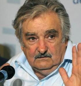 El presidente uruguayo frenó la legalización de la marihuana por desaprobación popular