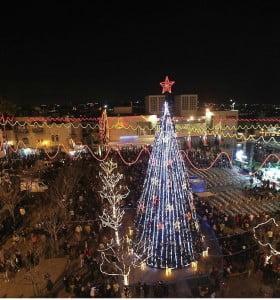 Miles de personas viajaron a Belén para celebrar la Nochebuena