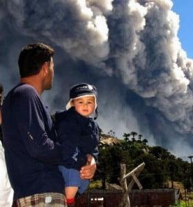 Chile lanzó un alerta roja en Alto Biobío por la actividad del volcán Copahue