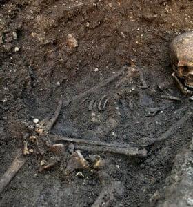 Hallan el esqueleto de un siniestro rey inglés que murió en 1485