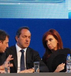 Cristina, Scioli y Massa ganarían para presidente