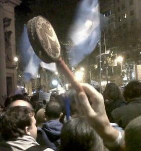 Dirigentes opositores impulsan manifestación contra el gobierno en Plaza de Mayo