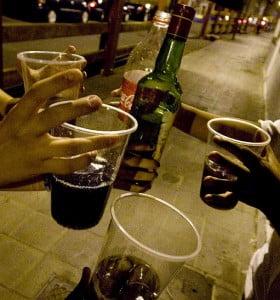 El alcohol en la adolescencia, aumenta la posterior predisposición al consumo