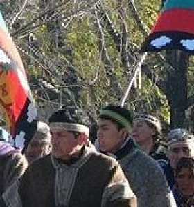 Mapuches tomaron pozos petroleros en rechazo al acuerdo con Chevron