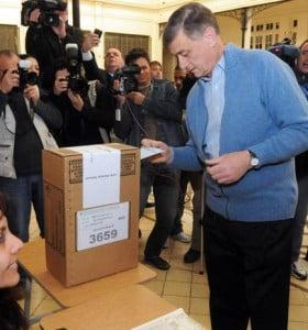 Binner se impuso en las primarias por amplio margen