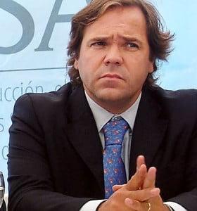 """""""Los de convicciones laxas que se vayan con los candidatos efímeros"""""""