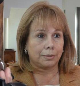 Moirano criticó a De Lucía por los docentes