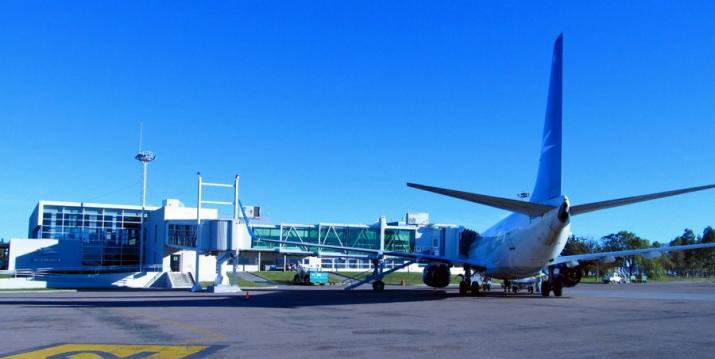 Las obras de remodelación del aeropuerto comenzarán a fines de enero