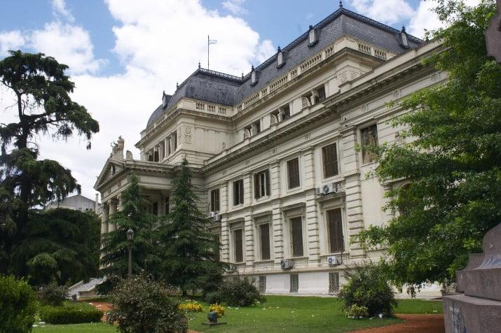 Horas decisivas en el duro debate por el Presupuesto provincial