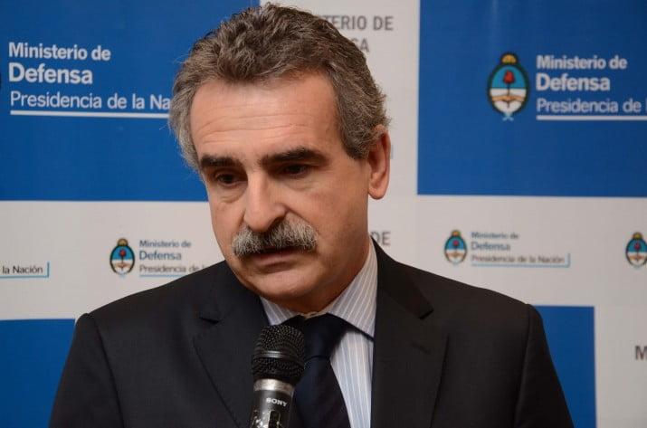 El Ministerio de Defensa desmintió información de Clarín y La Nación