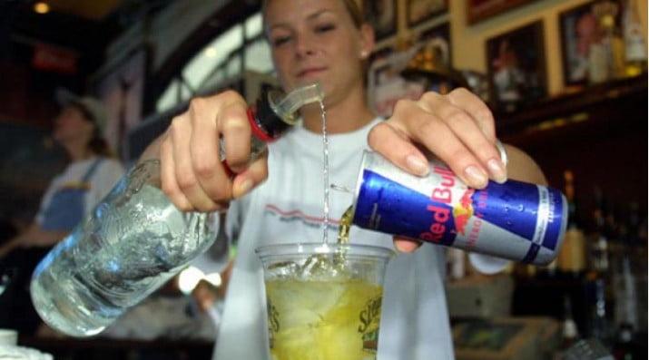 Las bebidas energizantes alteran el ritmo cardiaco